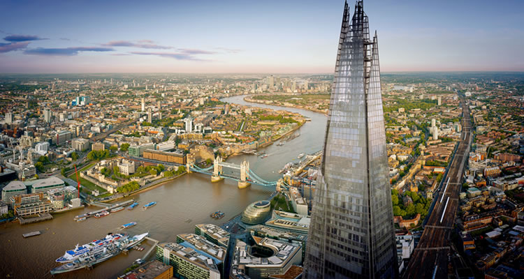 The View from The Shard & Break The Barrier Thames Rockets Experience